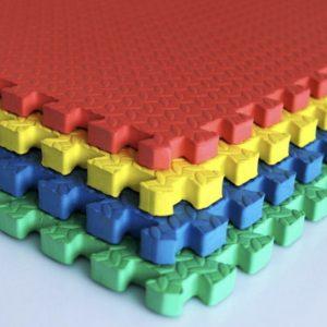 Alfombra pack 4 cuadrados 61x61cms, 22mm grosor.